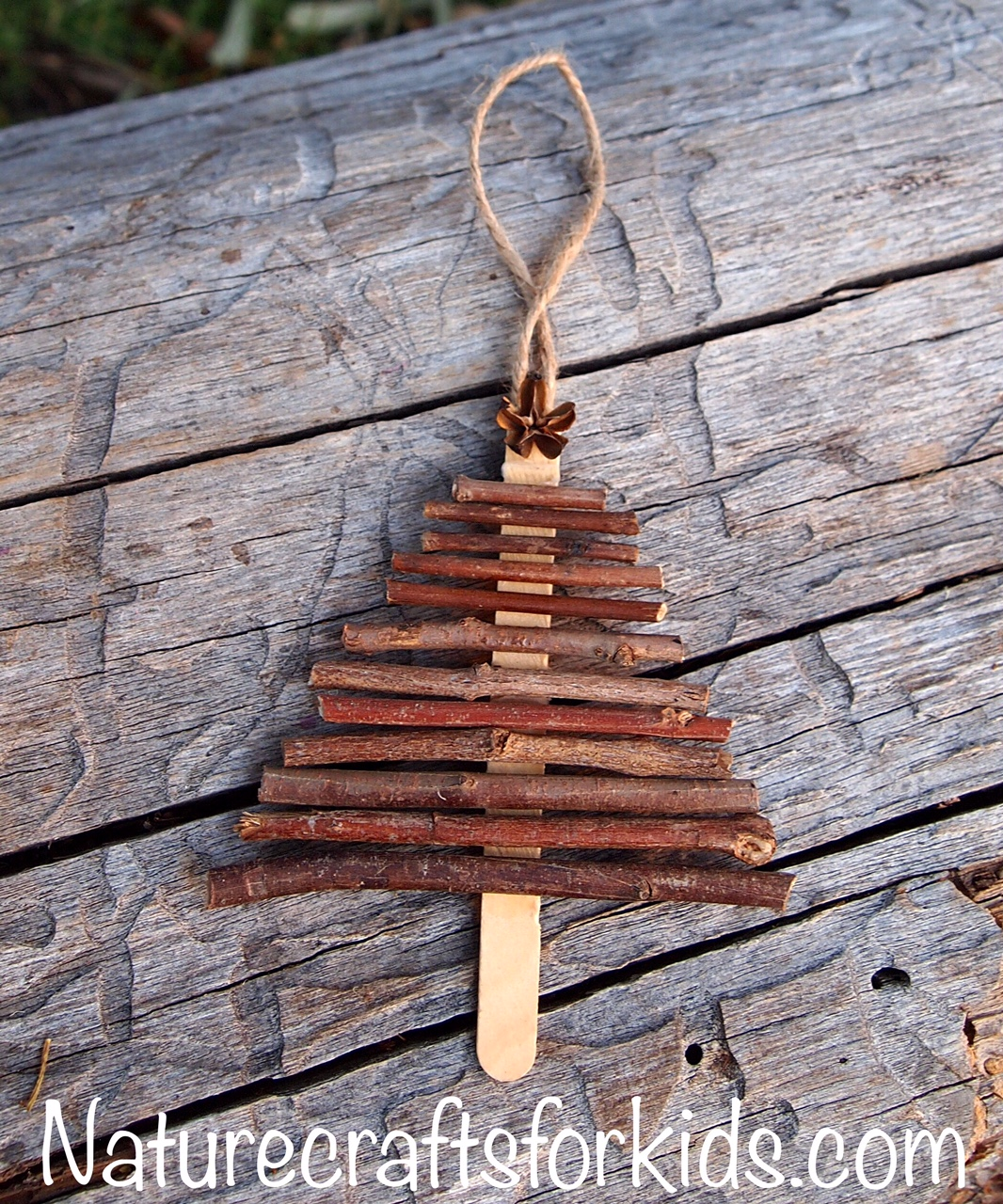 kids-nature-craft-twig-christmas-tree-decoration-twigs