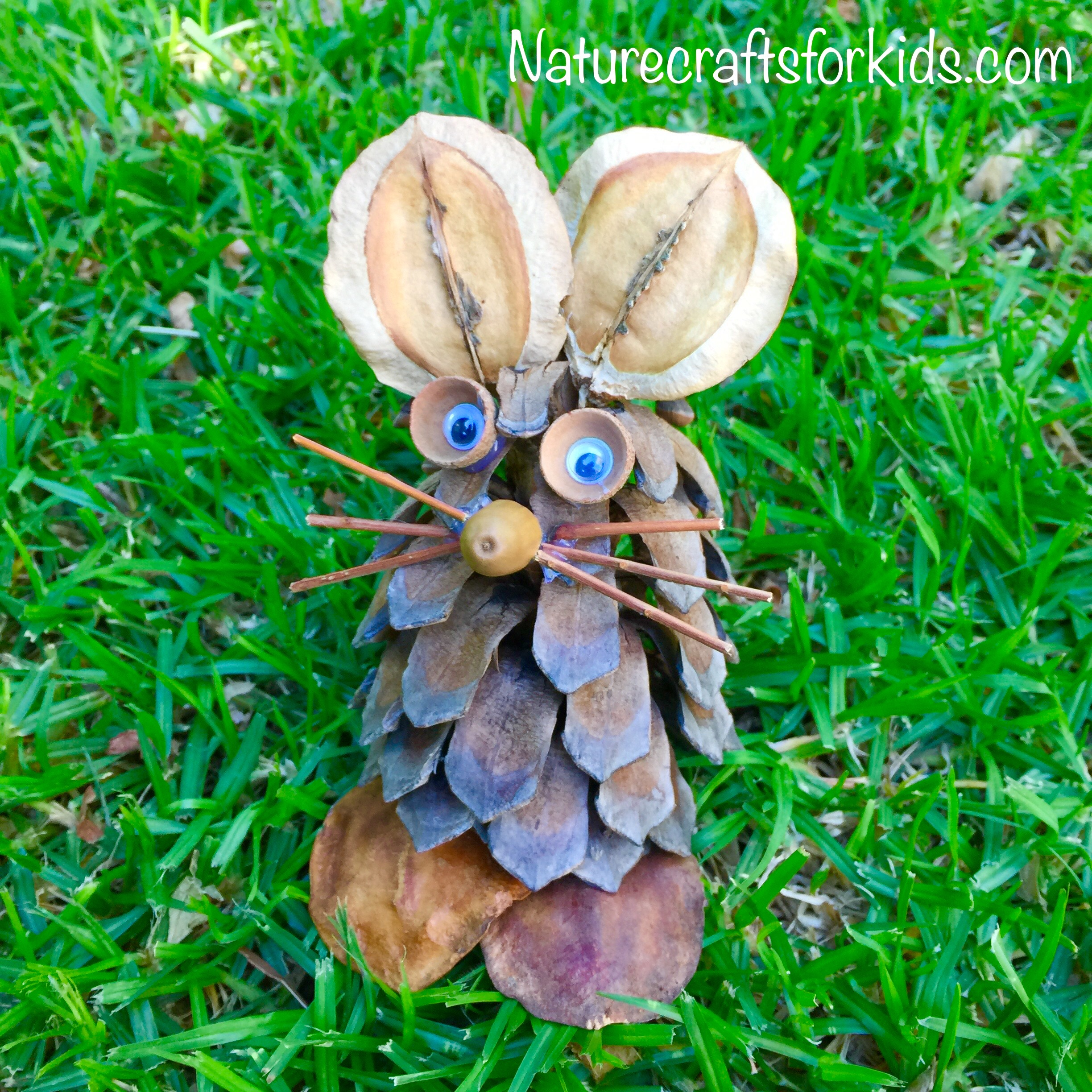 kids-nature-craft-pinecone-easter-bunny