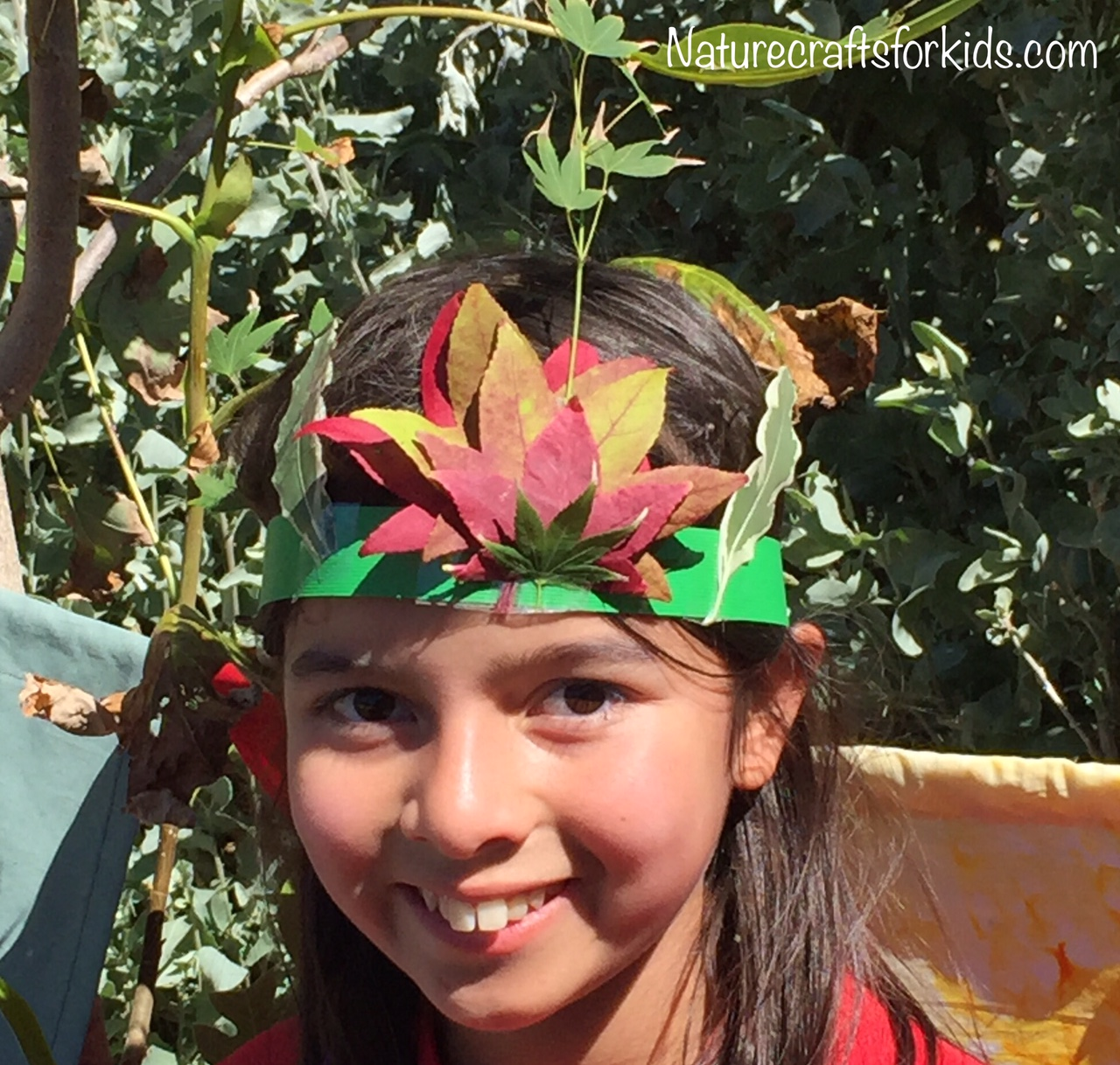 Gorgeous Nature Craft Autumn leaf crown - Sophie's Patch